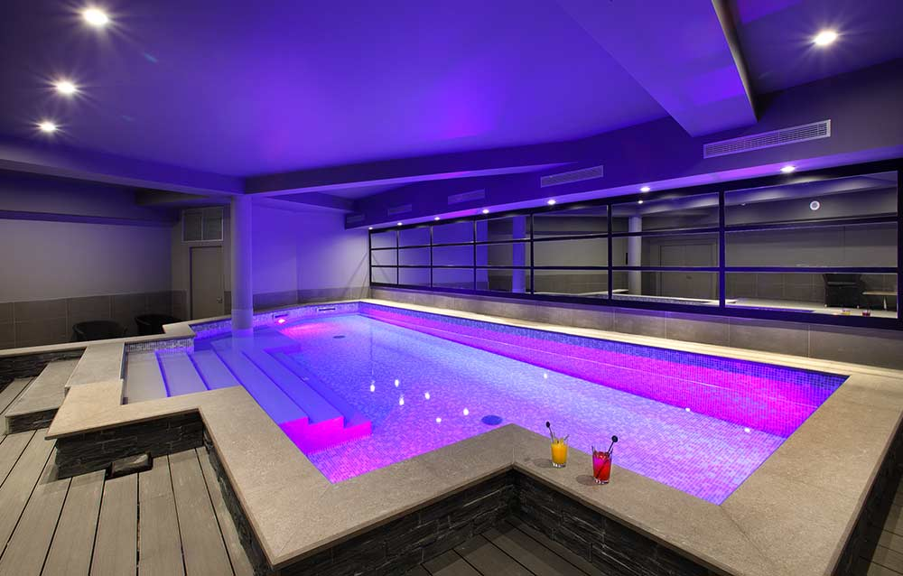 Piscine intérieure hotel à Chambery-9