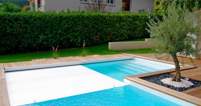 Une piscine en L en Isère